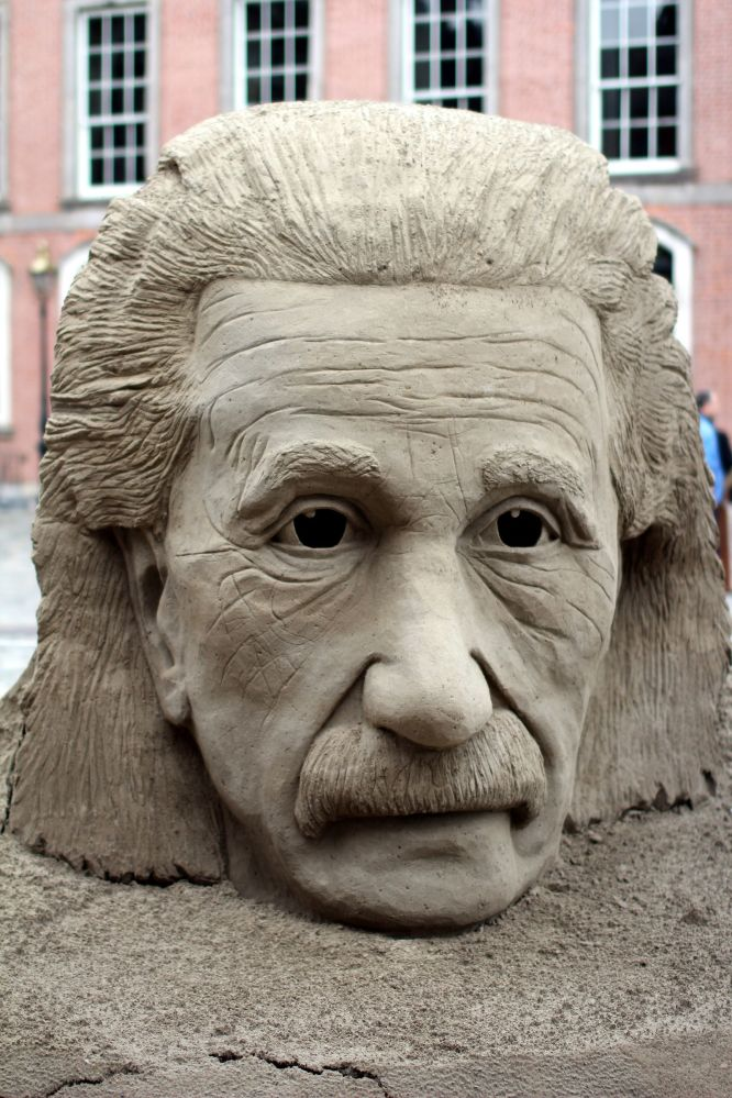 dublin castle sand sculptures einstein